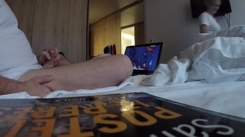Flaching Dick To Hotel Maid
