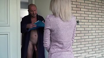 Old pussy stories - Old grandpa gets horny and fucks the delivery girl
