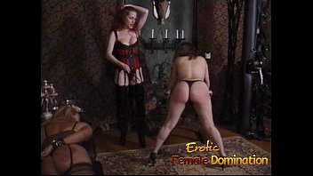 Spank erotically Two gorgeous stunners like having their big butts spanked hard