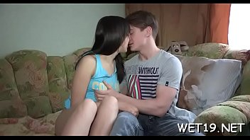 Babe tapes dudes hand before beginning her lusty anguish