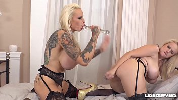 Lesbo lovers Sophie Anderson & Angel Wicky cram their wet holes with toys