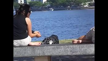 Hentai 101 dalmatians Dálmata entre os pés 1