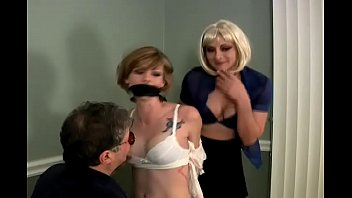 Chloe is Bound, Gagged and Groped by a Man and a Woman 14分钟