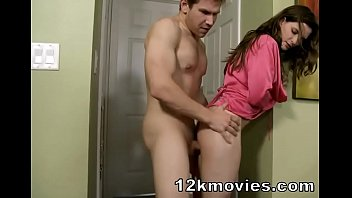 Molly Jane in mom handjob and thighjob Vorschaubild