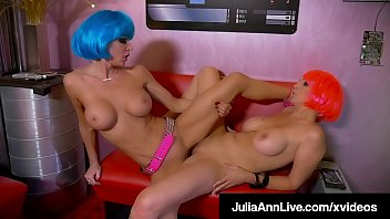 Horny SexBots Julia Ann & Jessica Jaymes Make Love Not War!