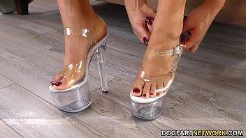 BBC Feet Fucking - August Taylor