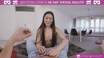 VRBangers.com Asian Babe Give Pleasure for ur Dick 5 min