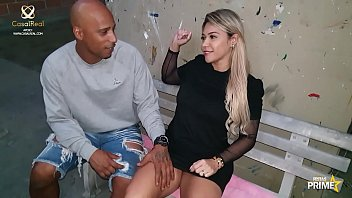 Loira gostosa Monique Lopes Procurando vaga de Emprego ,Passa no testo dos Funcionários Dj Jump e Bala Levado