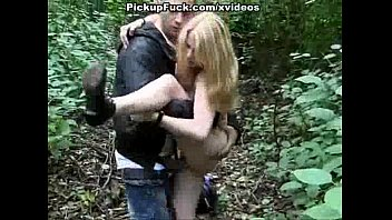 outdoor fuck for a sexy blonde