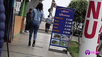 Venezolana cachada por dinero en Lima