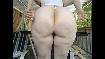 Babe On The Porch Twerking