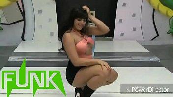 dançarina de funk em vídeo exclusivo