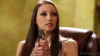 Jessa Rhodes special massage on Aspen Rae - FantasyMassage