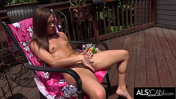 Zoe Bloom Toys Her Pussy with Two Toys Until Orgasm