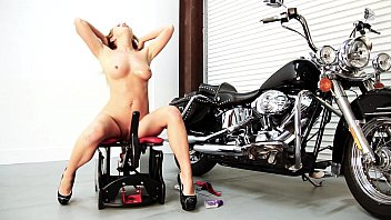 Rocker nude Mandy armani rides the rocker for round two
