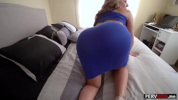 Ryan sheklers dick My super curvy stepmom sucked and fucked my big dick