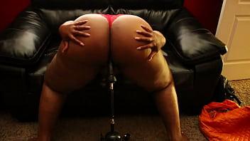 Big butt black girl goes crazy on sex machine