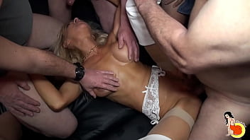 Mature Slut Thérèse Gets A Gang-bang In A Retirement Home