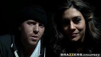 Brazzers - Milfs Like It Big - The Punisher Whore Zone Scene Starring Raylene And Keiran Lee