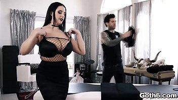 Curvy babe Angela White in a hot fuck massage