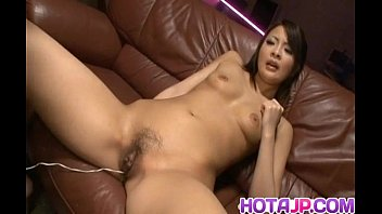 Reina Mizuki Gets Vibrator And Syringe With Cum In Her Cooter