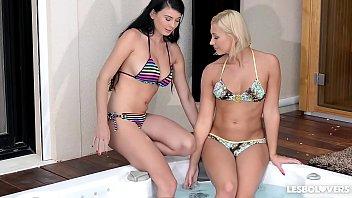 Tracy Lindsay & Lucy Li - Lesbians Love It In The Hot Tub