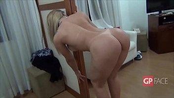 Acompanhante Escort Hooker Big Tits Brenda Gold - Sensualizando - Seios e Bunda
