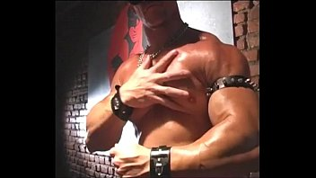 Muscle Leather Cop