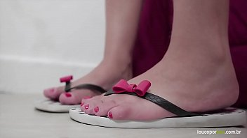Mirella Mansur Big Ass Showing Hot Body, Feet And Soles! Amazing Foot Fetish Video!