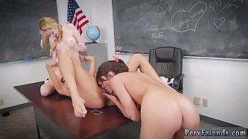 Look at me blowjob After School Detention
