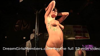 Crazy booty shake naked Twerking contest goes crazy when girls get naked