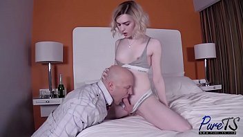 Ella Hollywood - Porn hd - VideoVZ.com