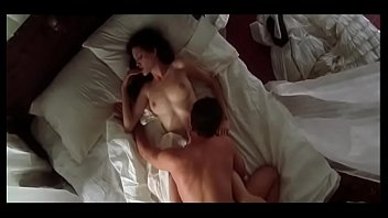 Angelina jolie nude dailymotion Angelina jolie hd sex