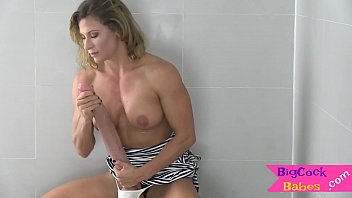 Amazing mil drills her tight ass with sextoy