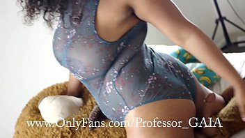 College girl givivg professor blowjob vid - Ye bears debut custom ig: gaiagraphy