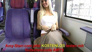 Mitten im Zug in Arsch und Fotze gefickt / Fucked in the middle of the train in