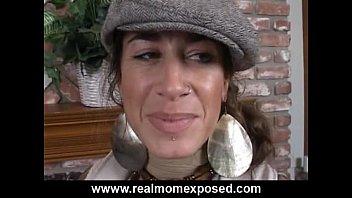 Mature brunette milfs - Mona love gets a cum shot in the eye