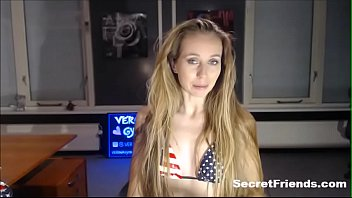 Independance day live sex show