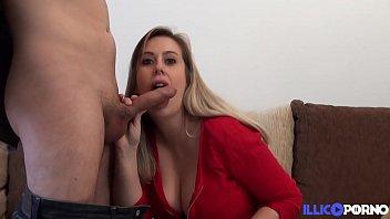 Anaïs, une fausse timide aux gros seins très coquine 15分钟