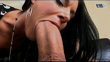 Whitezilla hughes anal India summer gets her milf muff split in two