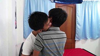 Asian Twink Boyfriends Barebacking Fuck Fest