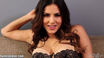 Lucero leon xxx video - Sunnyleone striptease on the couch