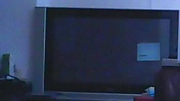 thuis alleen maar die elendige kut TV,TV,TV en niks anders dan TV o mijn god dames HELP!!!