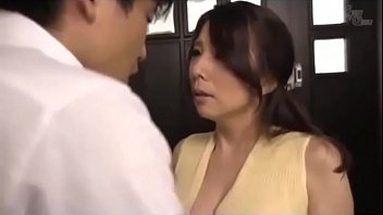 Japanese Mom And Son Before School Linkfull Pornmozacom thumbnail