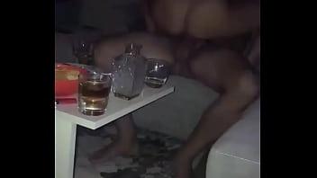 Sexo con la mujer de mi amigo mientras el graba y se masturba