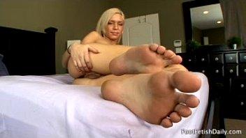 Kacey Jordan'_s beautiful Feet!
