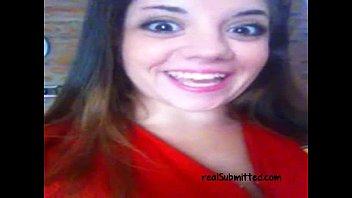 Gostosa mostrando o corpo de novinha - pornfree.com.br