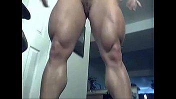 FBB babe stripping - Hardbodycams.com