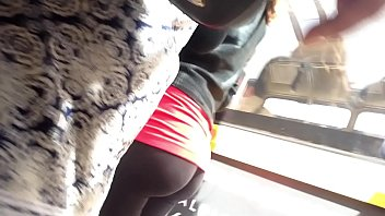 Sexy teen leggings in Lisbon / Menina em leggings em Lisboa