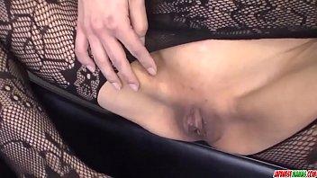 Sexy xxx Japanese scenes with naked Saya Fujimoto - More at Japanesemamas.com Vorschaubild